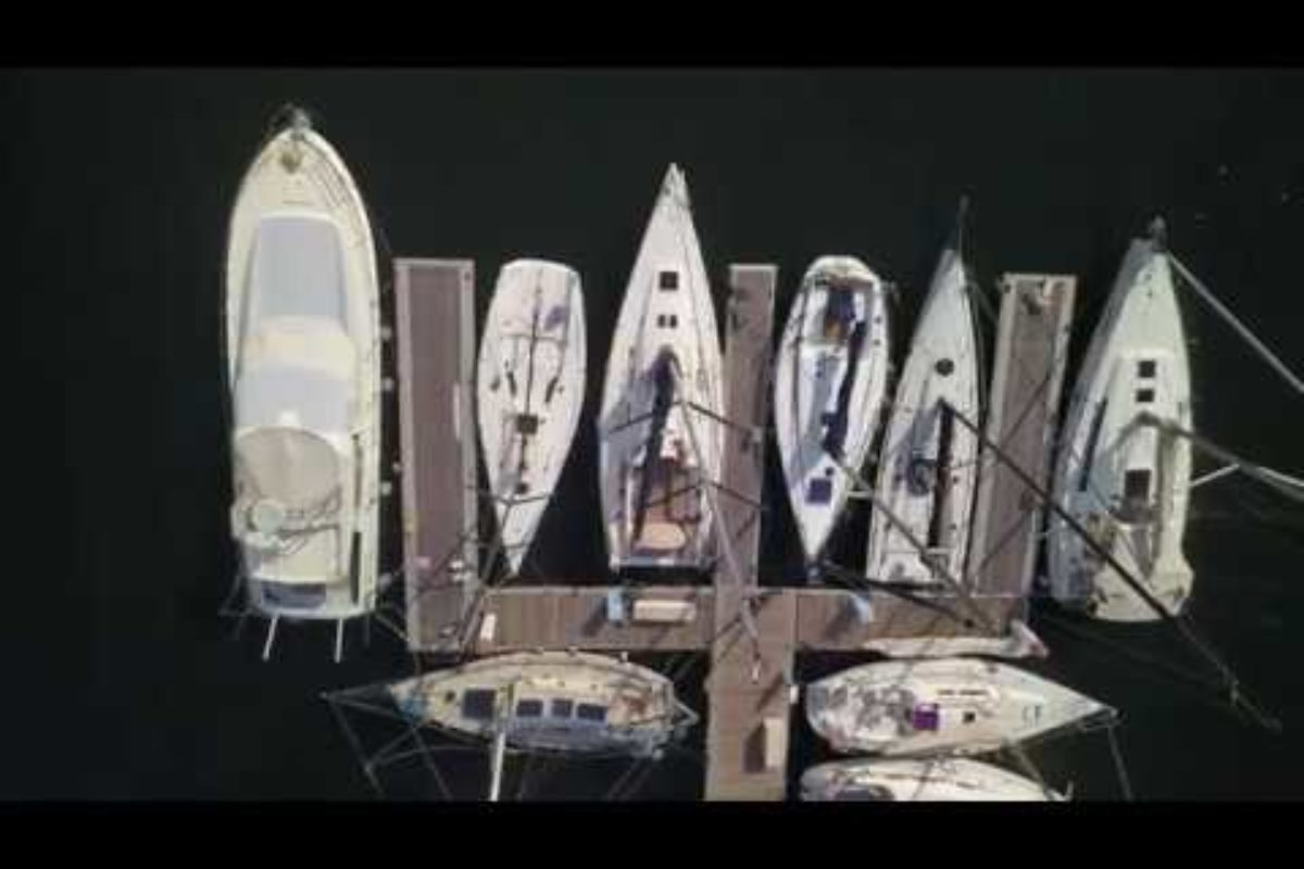 Sailing UAE